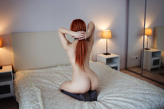 Amateur Porn - Alluring Girl Art - 20200508